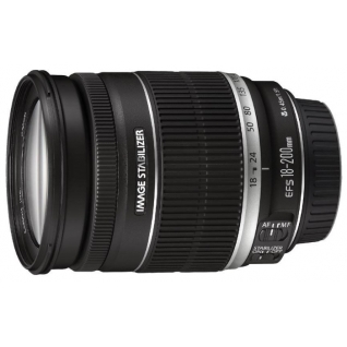 Canon EF-S 18-200mm f/3.5-5.6 IS*