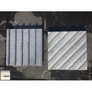 Тактильная плитка направляющая (Гранитная 300х600х30 мм)