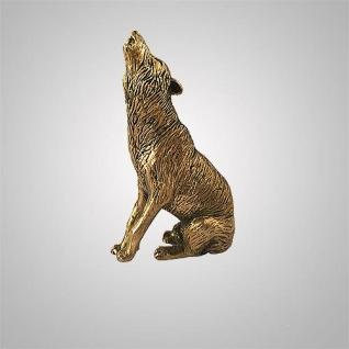 Фигурка волк