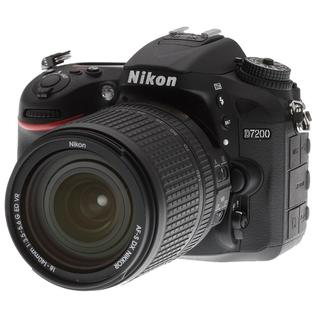Зеркальный фотоаппарат Nikon D7200 Kit 18-140 VR