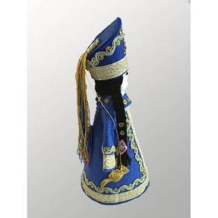 Национальная кукла в синем костюме