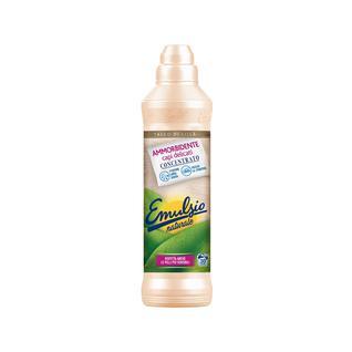 Кондиционер концентрированный Emulsio Naturale 750 мл аромат талька и сирени