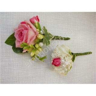 Бутоньерка с розой-4