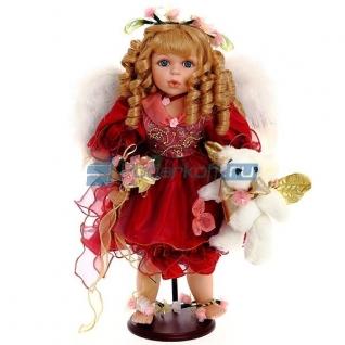 "Фарворовая кукла ""Агнис"""