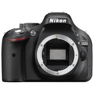 Зеркальный фотоаппарат Nikon D5200 Body
