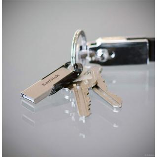 Флеш-накопитель USB 3.0 128GB SanDisk Ultra Flair мет.чёрный