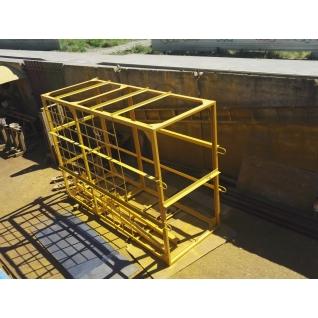 Навесная площадка для каменщиков (клетка) под деревянный настил