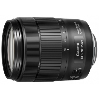 Canon EF-S 18-135mm f/3.5-5.6 IS USM*