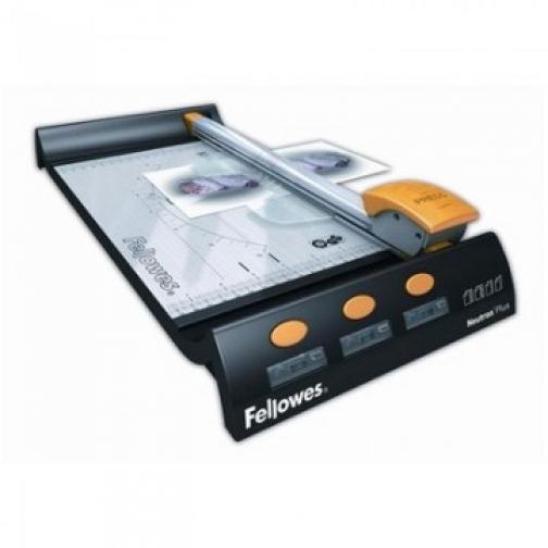 Резак для бумаги Fellowes Neutron Plus, A4, 320мм, 10л, 4резки,роликовый 37852813