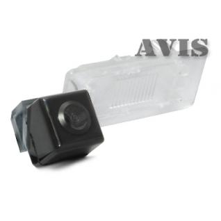 CCD штатная камера заднего вида AVIS AVS321CPR (#102) для VOLKSWAGEN GOLF V PLUS / GOLF VI PLUS / JETTA VI / PASSAT B7 / PASSAT B7 VARIANT / POLO V SEDAN / SHARAN II / TOURAN (2011-...) / TOUAREG II